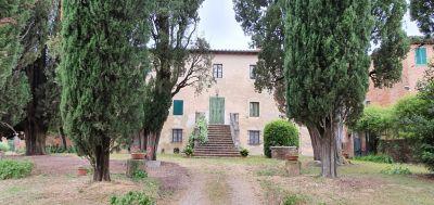 Cipriani&Tata Immobiliare su Ville&Casali